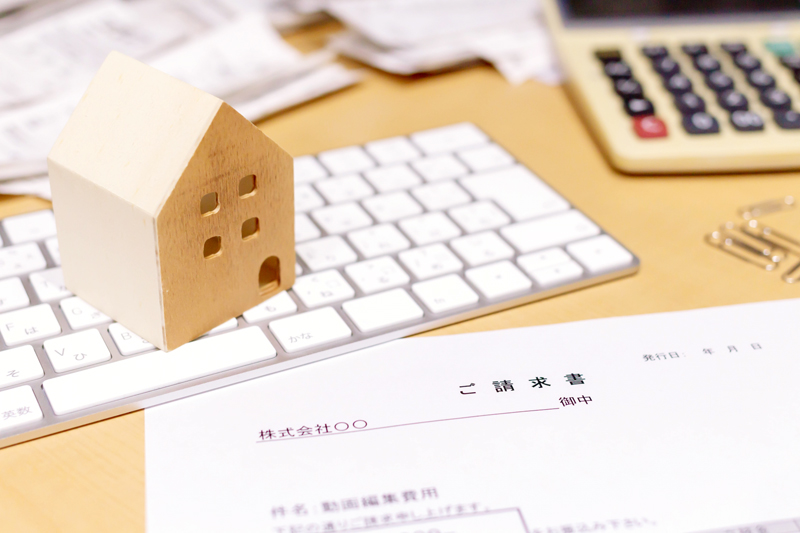 インボイス制度で請求書はどう変わる?適格請求書保存方式への準備と対応